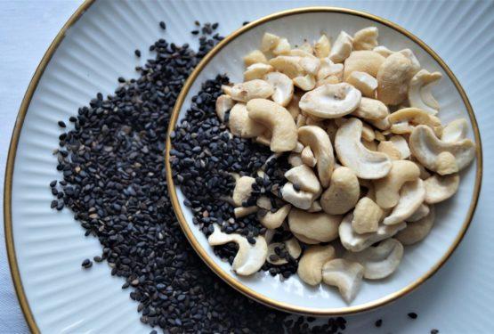 Chashewmilch schwarzer Sesam
